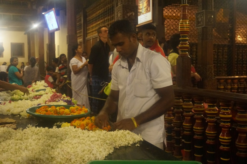 temple de la dent de buddha kandy