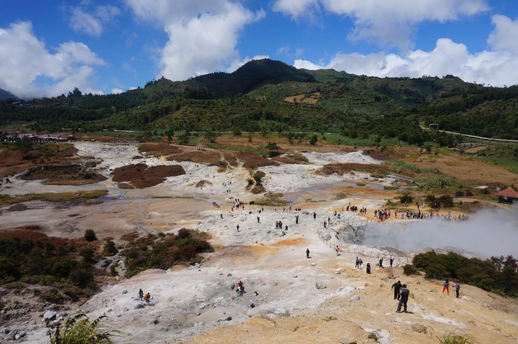 Cratère Kawah Sikidang Java Dieng