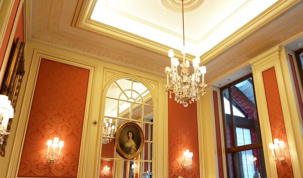 Cafe Sacher Vienne