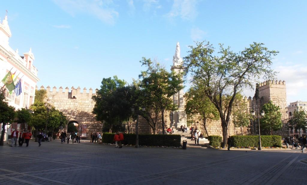 seville plaza del triunfo