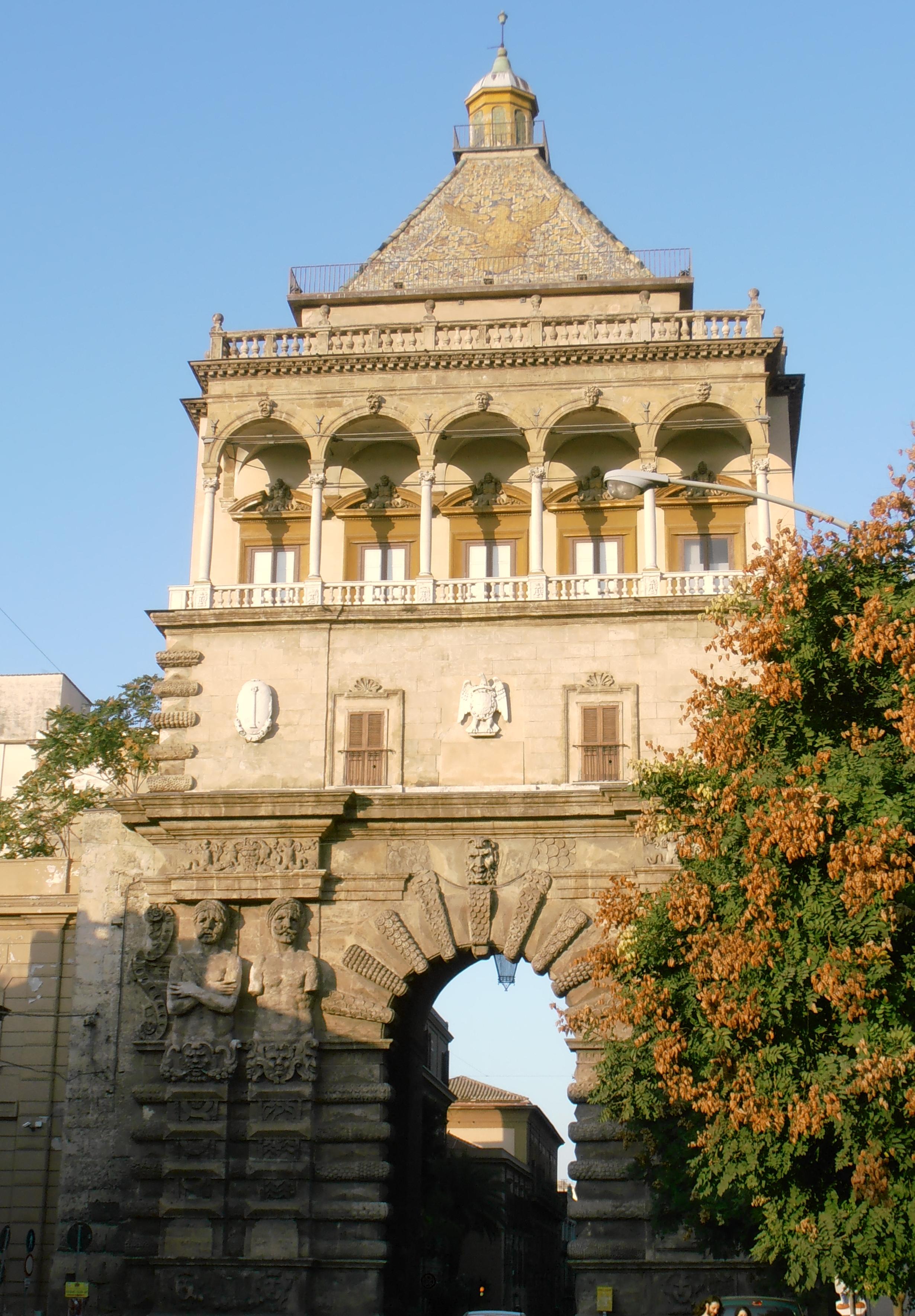 Porta Felice Palerme Sicile