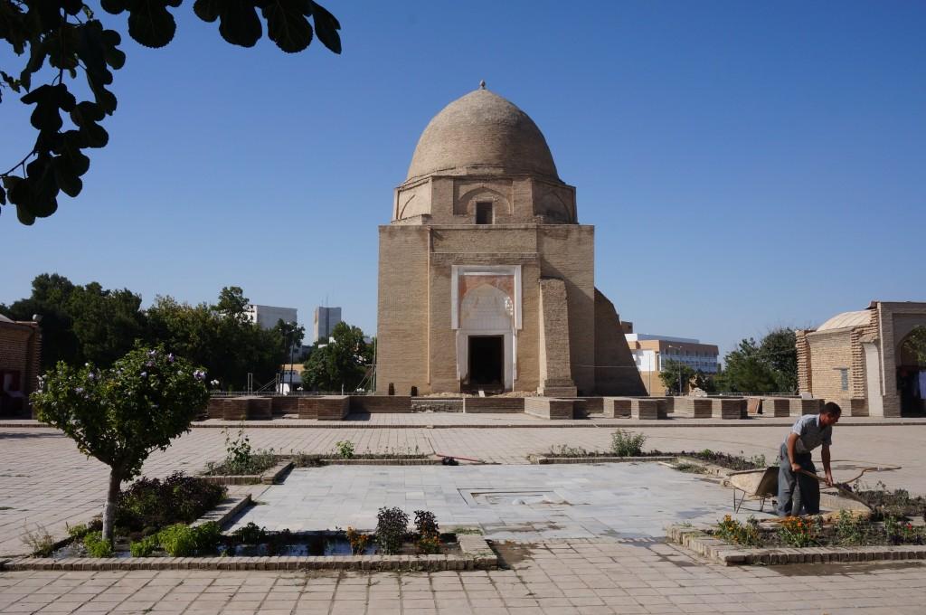 mausolée Rukhabad