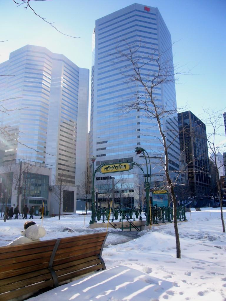 Station Square-Victoria Montréal