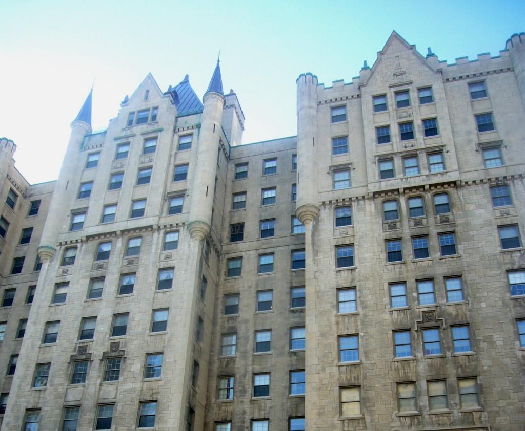 Immeuble le chateau Montréal