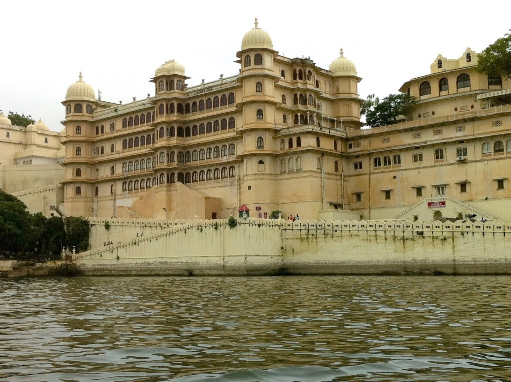 udaipur inde city palace