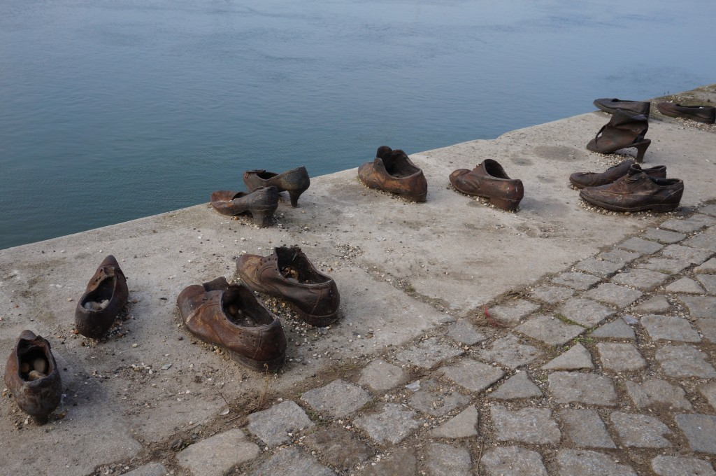 chaussures au bord du Danube budapest