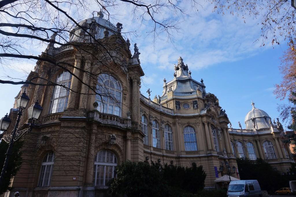 chateau de vajdahunyad budapest