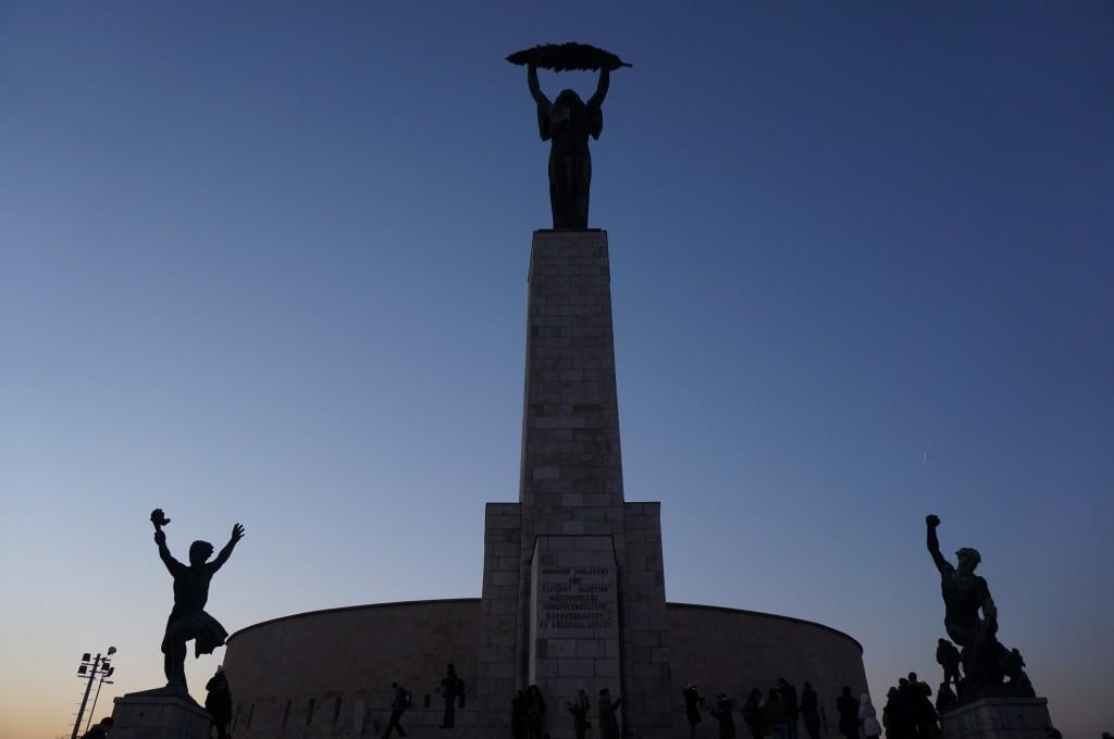 citadelle statue de la liberté Budapest