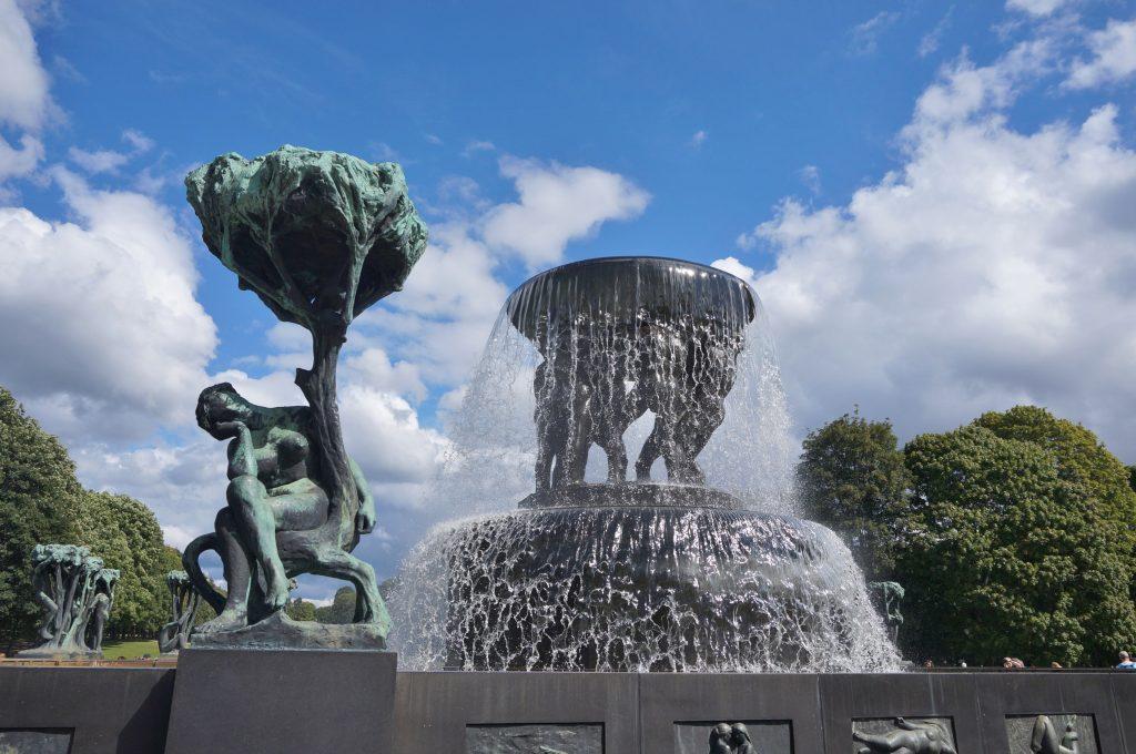 oslo norvege parc statues vigeland