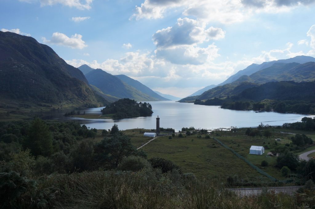 Glenfinnan ecosse train harry potter