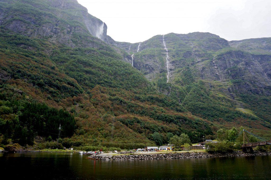 norvège fjord Nærøyfjord