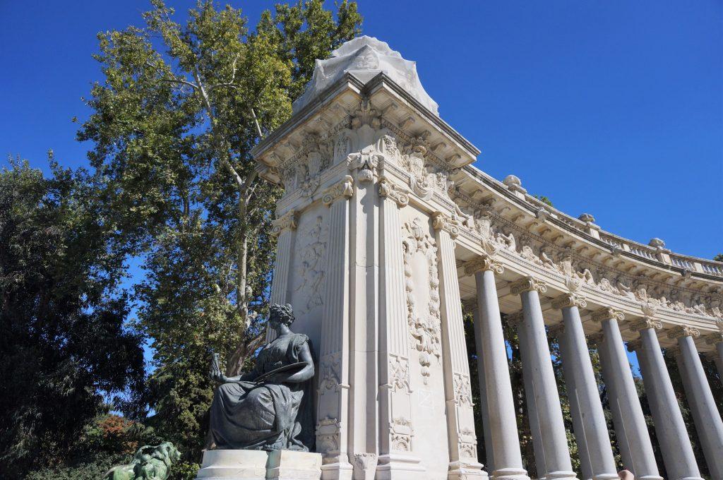 madrid espagne parque del retiro monumento a Alfonso XII