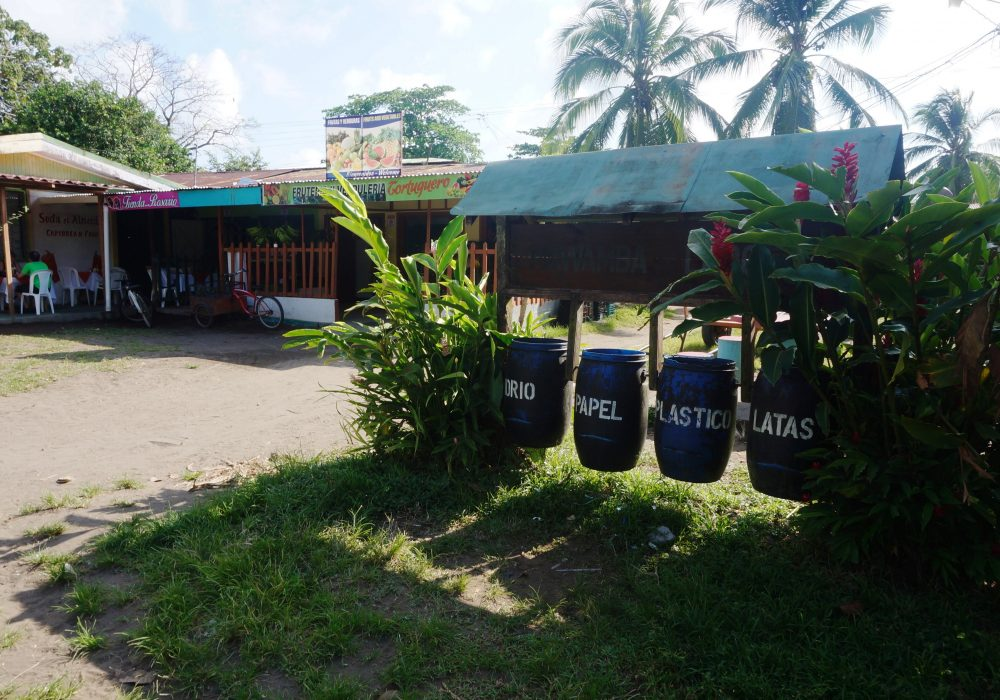Village de Tortuguero - tri sélectif - costa rica
