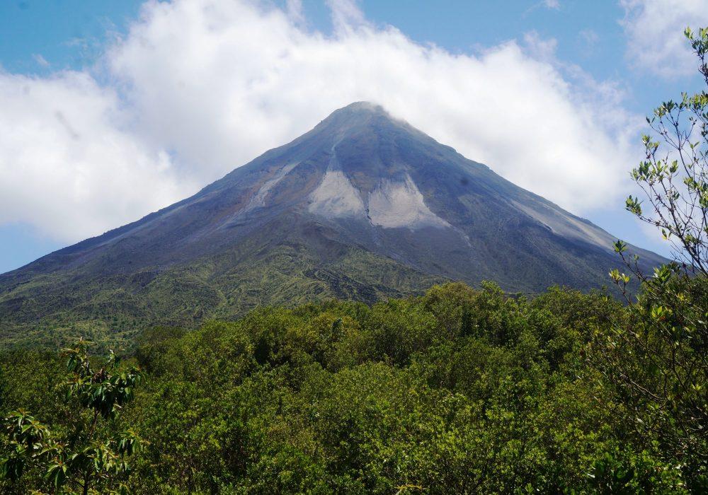 Vue sur le volcan - Parc naturel du volcan Arenal - costa rica