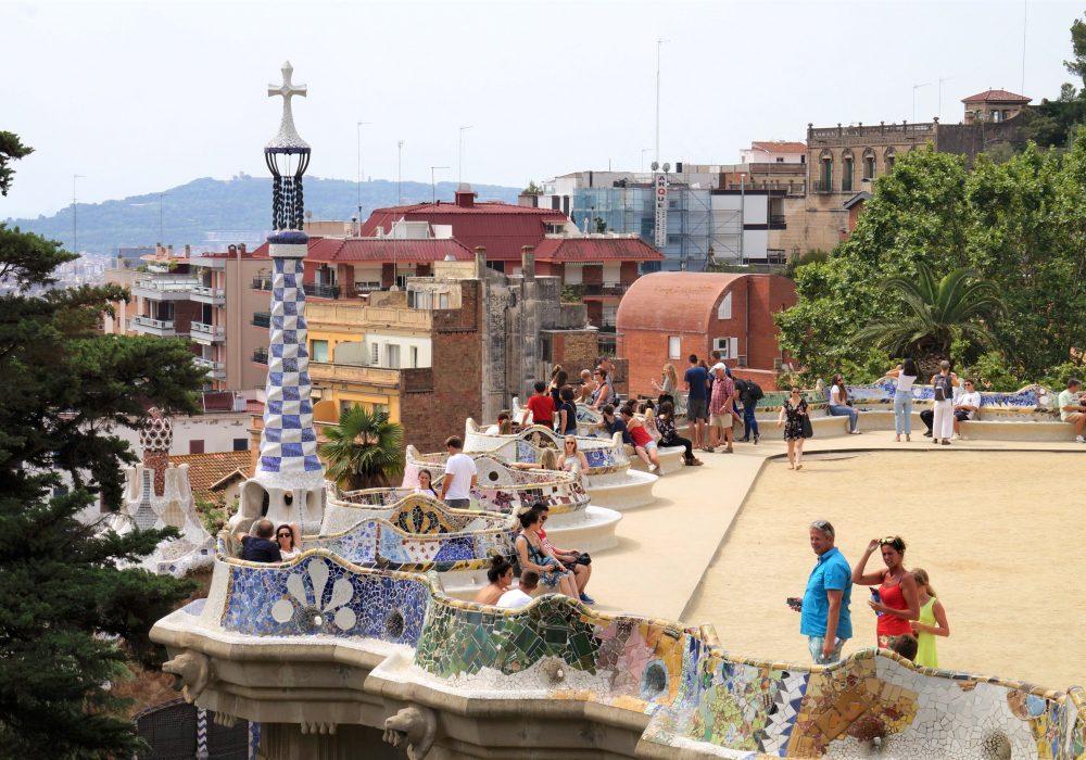 parc guell - barcelone - espagne - La place de la nature