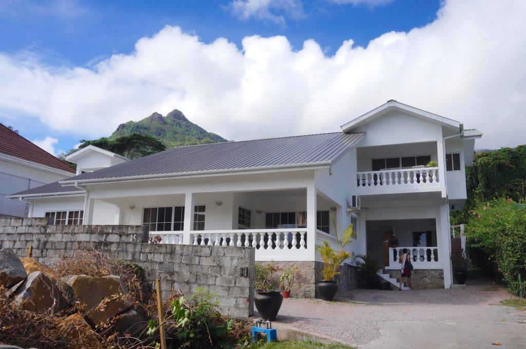 hôtel beau vallon, mahé, seychelles