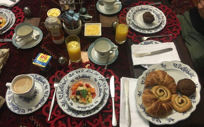 petit-déjeuner, fernivy guesthouse, pretoria, afrique du sud