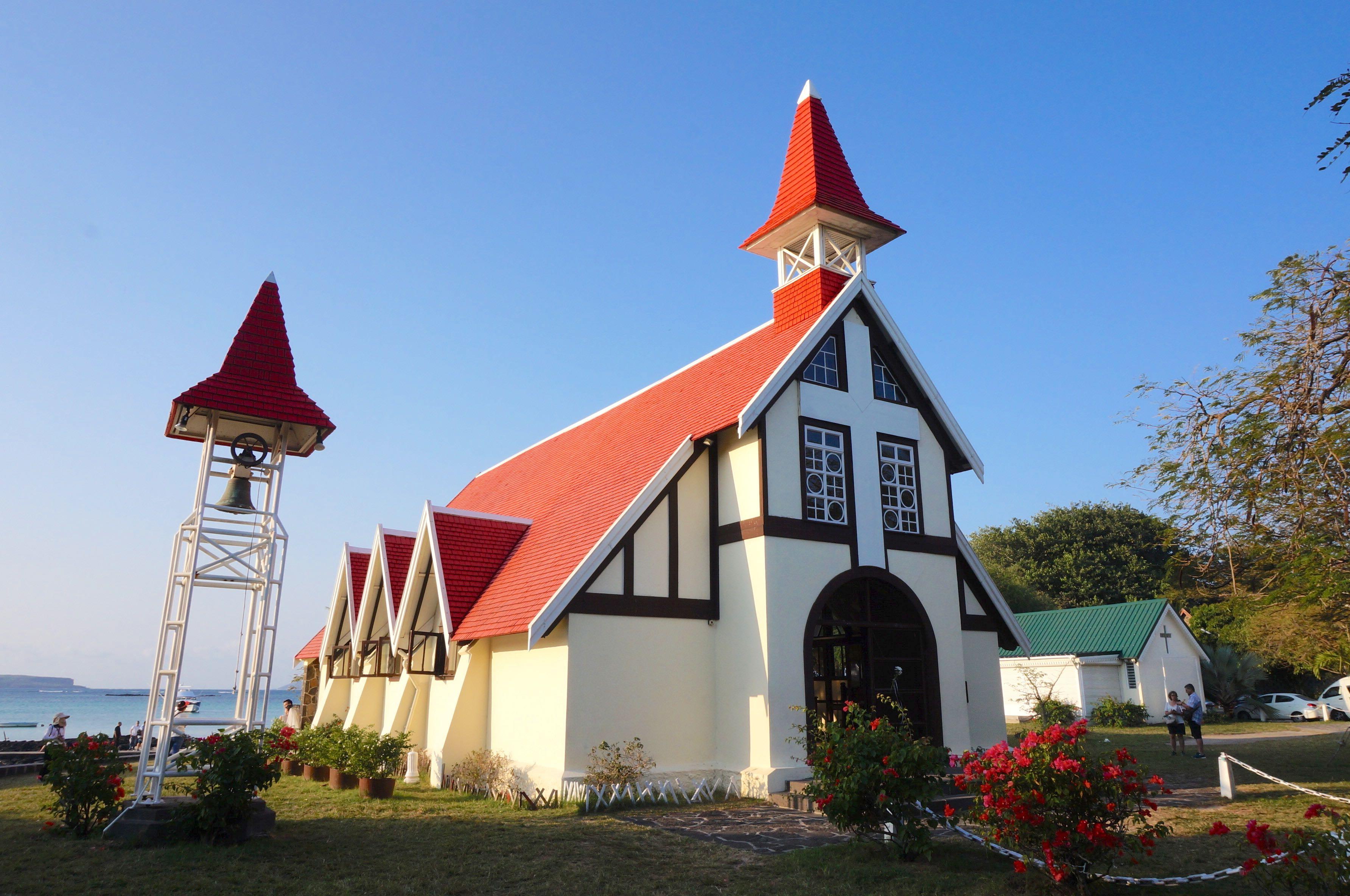 église de cap malheureux, île maurice