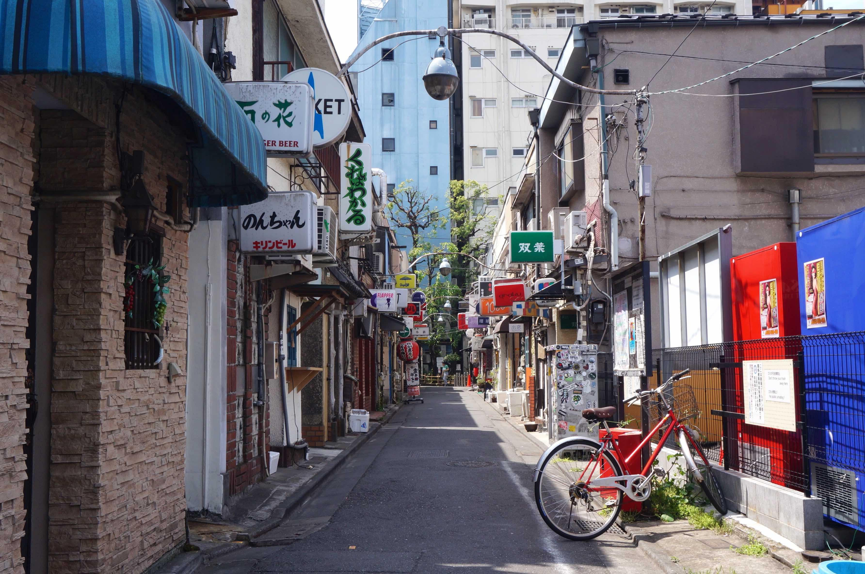 golden gai, tokyo, japon