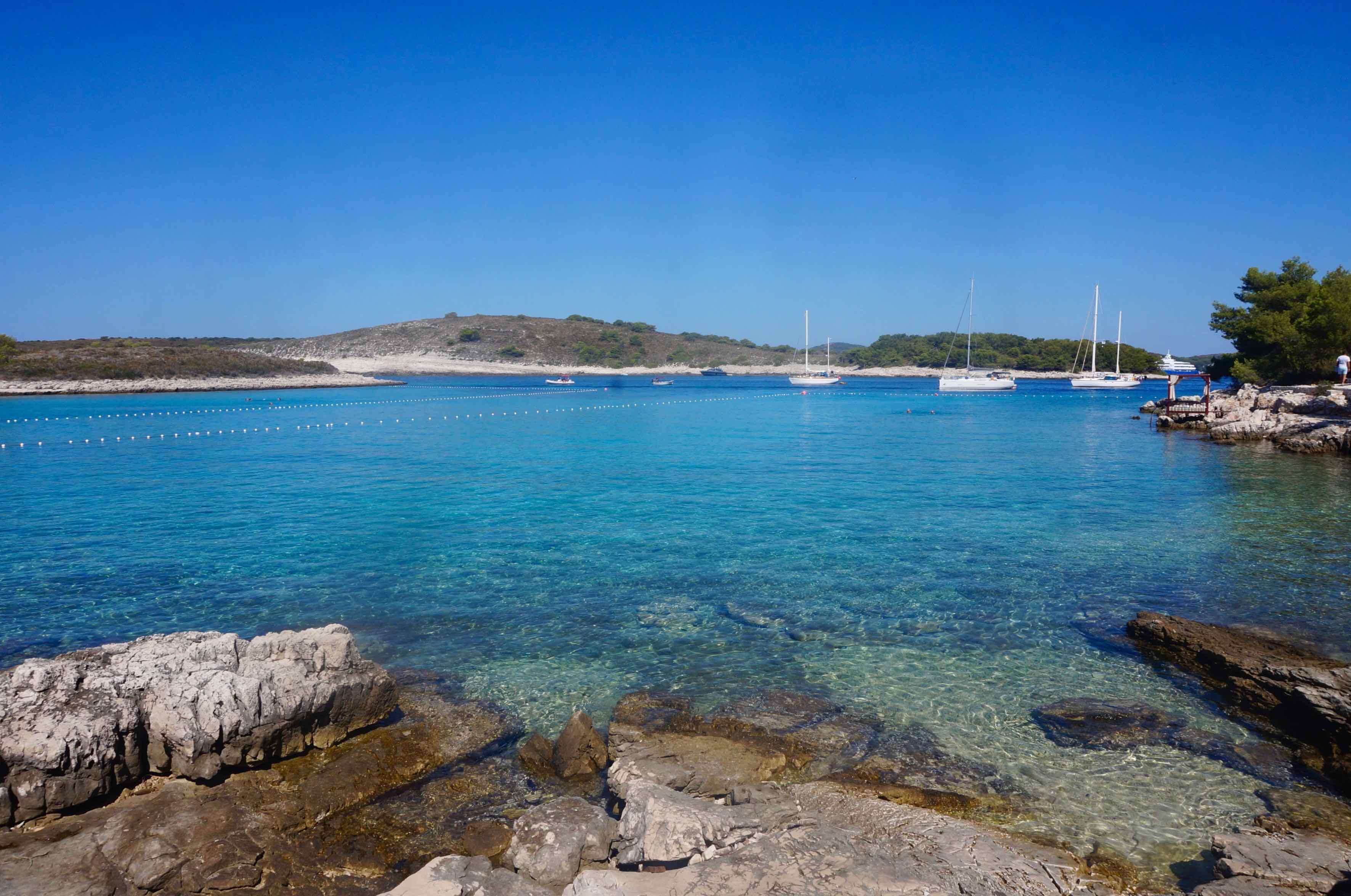 île de Hvar, plage de Mlini, croatie
