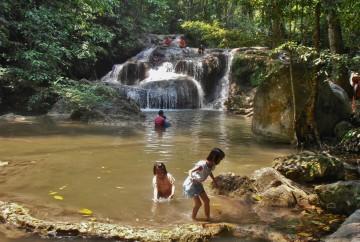 Erawan Waterfalls Bangkok Thaïlande